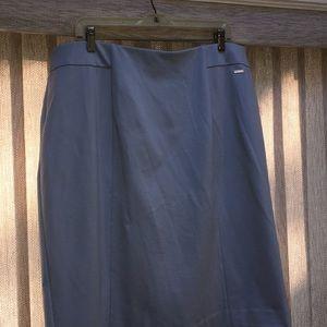 T Tahari straight Ladies sky blue skirt, size 2X